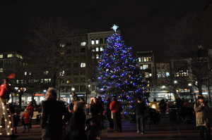 Copley_tree_lighting_15_jw_146