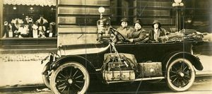 Sara-bard-field-auto-tour-october-1915003-cropped-600x266