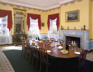 Otis_house_dining_room_-_historic_new_england