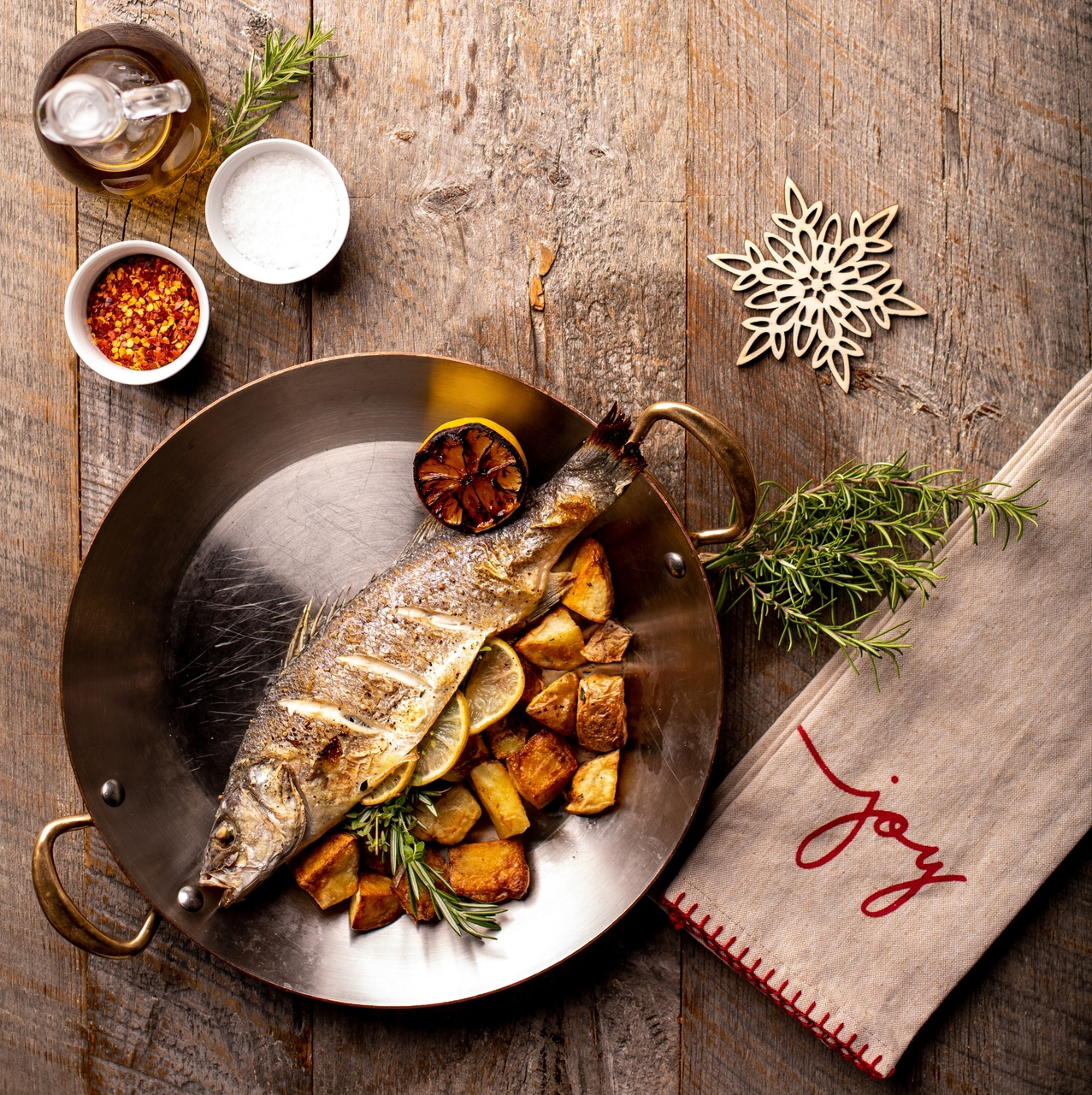 Seven Fishes Christmas.Tuscan Kitchen Dips Into An Italian Tradition With The