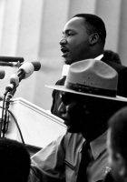 Martin_luther_king_-_march_on_washington-140x200