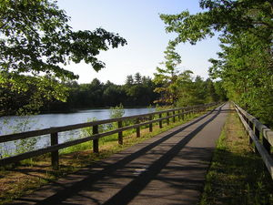 Nashua_river_rail_trail_1