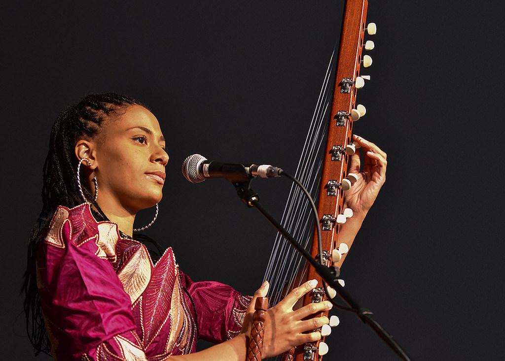 The African Strings Ensemble with guest Sona Jobarteh [04/24/19]