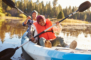 Black_father_and_son_kayaking_shutterstock_388687873_72_dpi__web