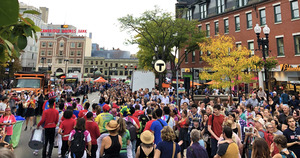 Harvard_square_oktoberfest_and_honk