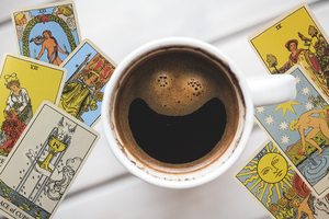 Coffee-and-tarot-at-the-grist-mill